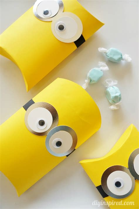 minion gift wrap how two gift wrapping ideas how two live