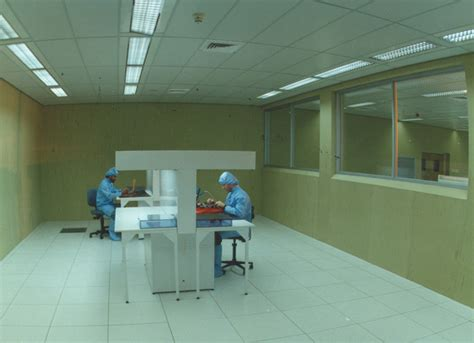 clean room institute for science and international security