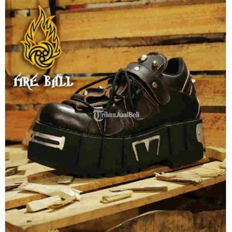 Sepatu All Berapa sepatu musik rock size 39 44 new bnwt bandung dijual