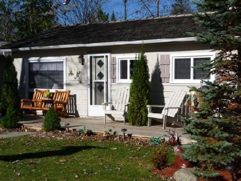 Cottage Wasaga by 301 Moved Permanently