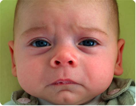 gambar sedih cowok cewek bayi ekspresi sedih kumpulan gambar lengkap