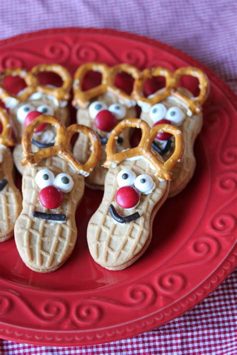 christmas treats nutter butter reindeer cookies mommysavers