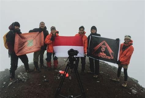 film negeri dongeng aksa 7 ekspedisi aksa 7 mengangkat destinasi 7 summit indonesia