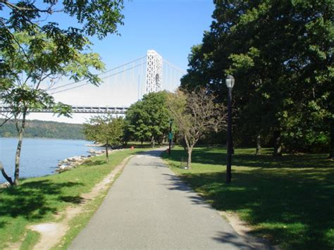 Backyard Bbq Hudson River Park 40 Nyc Parks Where You Can Bbq This Summer Curbed Ny