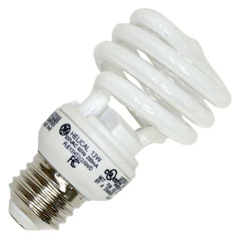 ge compact fluorescent light bulbs ge 72472 fle13ht2 6h d cd compact fluorescent daylight