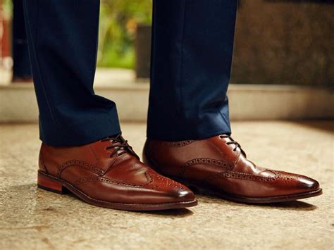 best place to get boat shoes the most popular brown dress shoes for guys according to