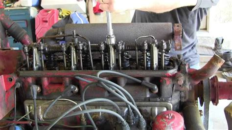 ford jubilee naa tractor engine rebuild part  valve cover