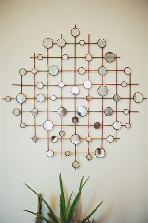 Charmant Petite Plante Verte D Interieur #3: 1-miroirs-ikea-decoration-avec-miroir-decoratif-mur-beige-plante-verte-d-intérieur.jpg