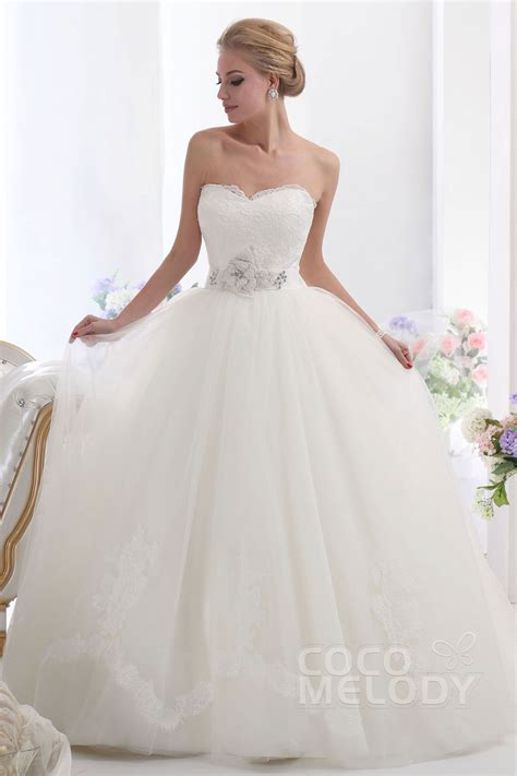 Brautkleider Ballkleid by Cocomelody Gown Sweetheart Chapel Tulle