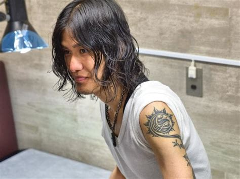 legal tattoo age japan s laws ink can only be done by doctors