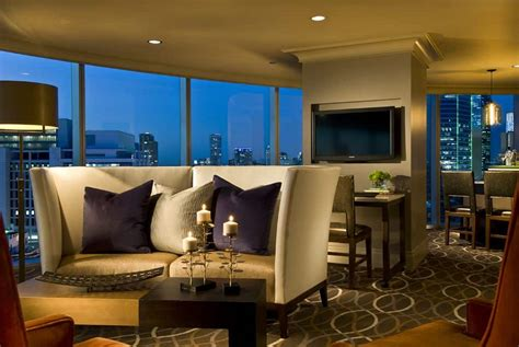 the room dallas omni dallas hotel cheap hotel rooms at discounted price at cheaprooms