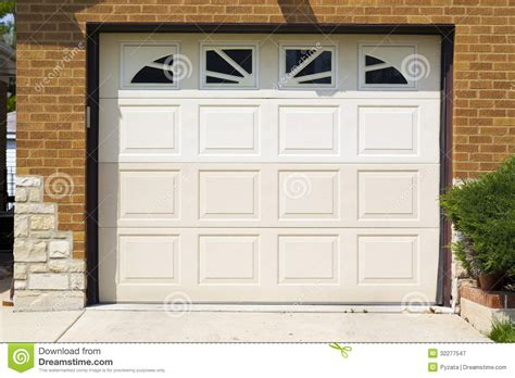 white garage doors amazing white garage doors 3 white garage doors with