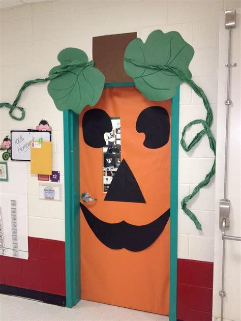 cute pumpkin door decoration halloween school ideas pinterest