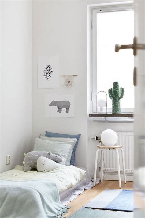 simple boys bedroom 187 subtle blue hues in the kids rooms