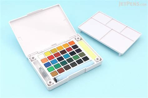 watercolor tutorial sakura koi sakura koi watercolor field sketch box set 30 color