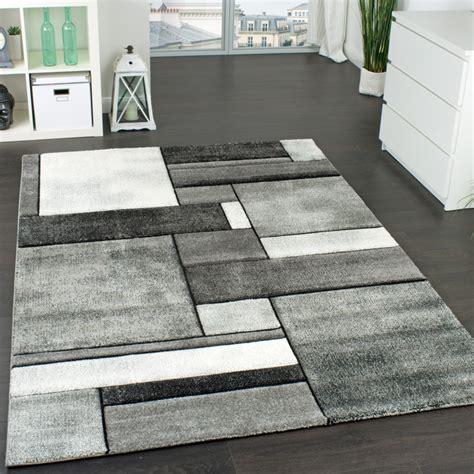 teppiche im wohnzimmer designer teppich kariert wohnzimmer teppich modern trendig