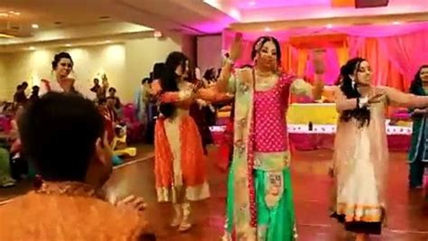 New Best Mehndi Dance on wedding dance 2015 Mix Songs