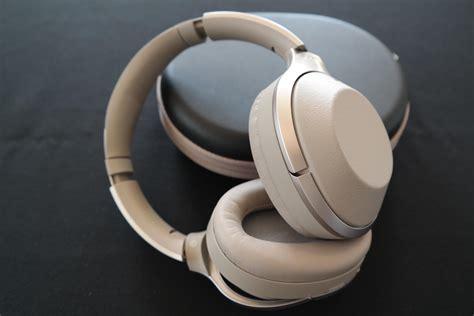 best noise cancelling headphones wireless best noise canceling headphones for 2018 cnet