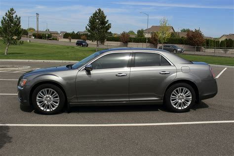 2012 Chrysler 300   Pictures   CarGurus