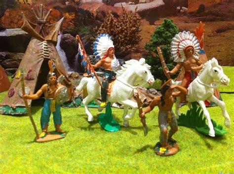 imagenes de fuertes de juguete indios y vaqueros de juguete