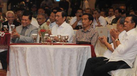 Santri Supremasi ipw jokowi jangan nepotisme dalam menyusun kabinet voa