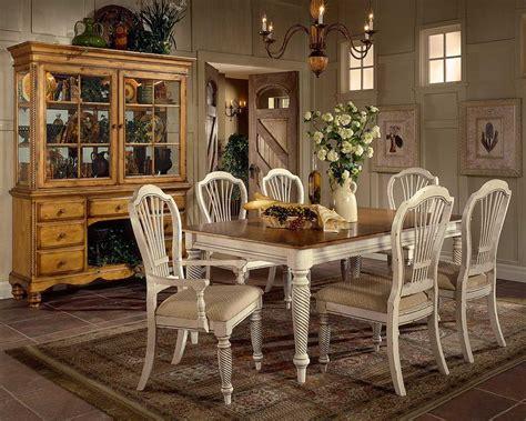 Lavish Antique Dining Room Furniture Emphasizing Classic | lavish antique dining room furniture emphasizing classic