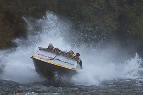 jet boat lake hauroko wairaurahiri river wilderness jet boat adventure