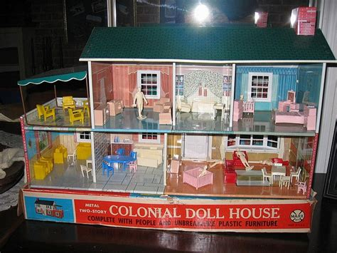 tin doll house 1968 marx tin doll house doll houses pinterest