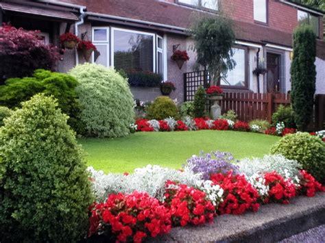 best landscaping ideas for small flower beds cdhoye com