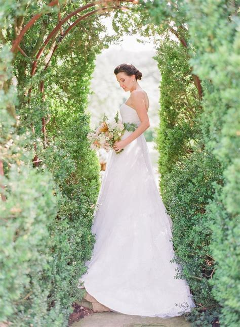 Garden Chic Attire For Wedding Beautiful Brand Wedding Dresses Historic Estate Wedding