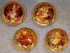 Decorative Fruit Wall Plates Porcelain Decorative Wall Plates Beautiful Floral 4 Piece