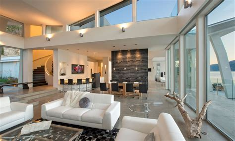 okanagan lake waterfront home with minimalist