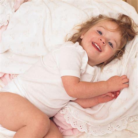 mon enfant refuse d aller au lit c est grave docteur