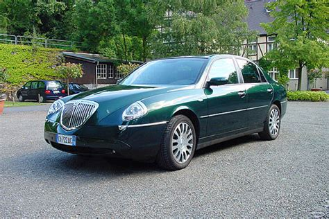 used lancia thesis sale