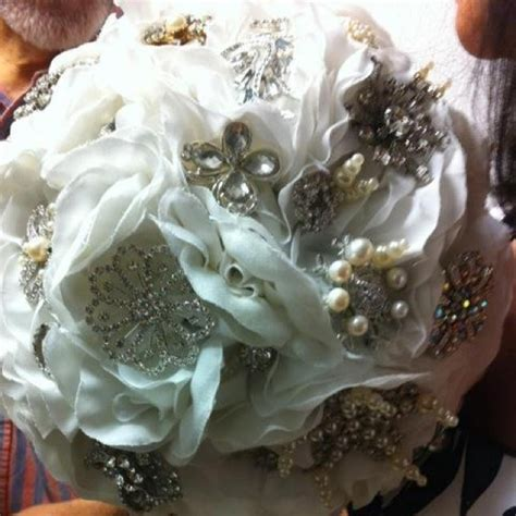 Wedding Brochure Bouquets by Joans Broche Wedding Bouquet Brochure Bouquet