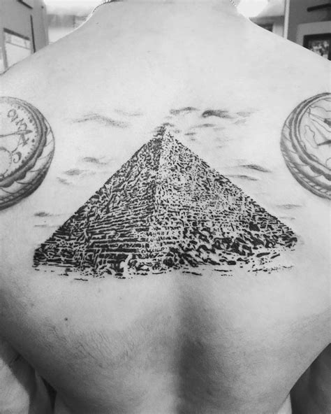 egyptian pyramid tattoo 25 best ideas about pyramid on the