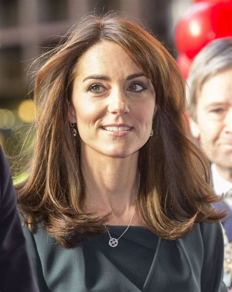 kate middleton looks gorgeous with new hairstyle rides 17 best images about celebrities on pinterest red