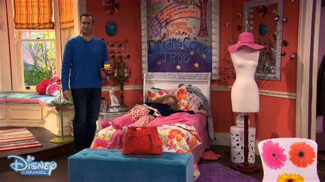liv and maddies bedroom liv and maddie twin sickness disney channel official
