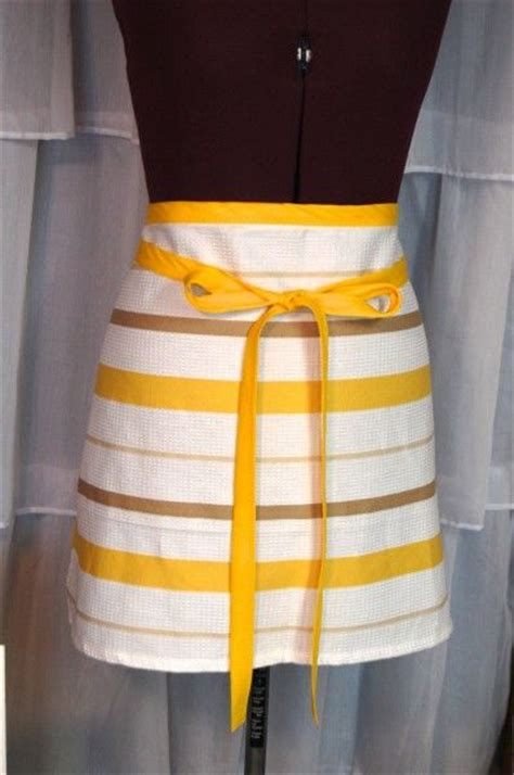 pattern for apron with towel tea towel cafe apron super easy and makes a great gift