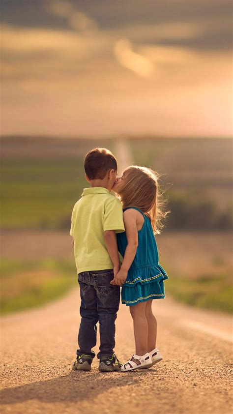 couple wallpaper hd for iphone lovely children 720x1280 hd wallpapers android