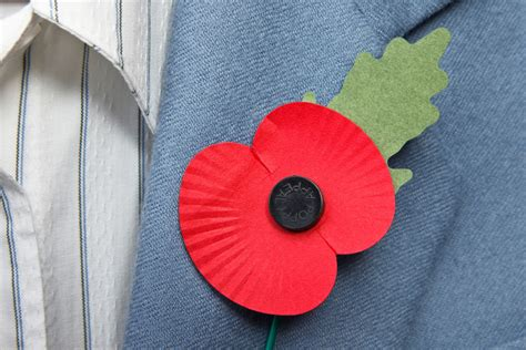 stop making the wearing of remembrance poppies political max news