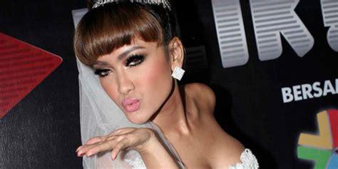 film indonesia adegan ciuman hot jupe adegan panas yes ciuman big no kapanlagi com