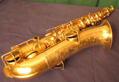 Martin Handcraft - gold plated 1929 martin handcraft tenor sax doctor sax
