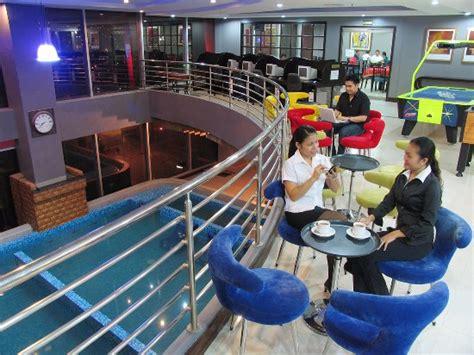 club ultima cebu room rates crown regency hotel towers updated 2017 reviews price comparison and 1 143 photos cebu