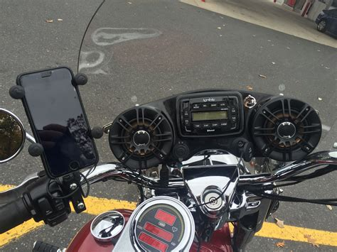 Review of the Reckless RockHoodz Windshield Mounted Stereo