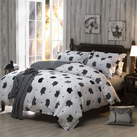 Bedding Sets Cheap Polyester Cotton Bed Sheet Set King Queen Full Size Comforter