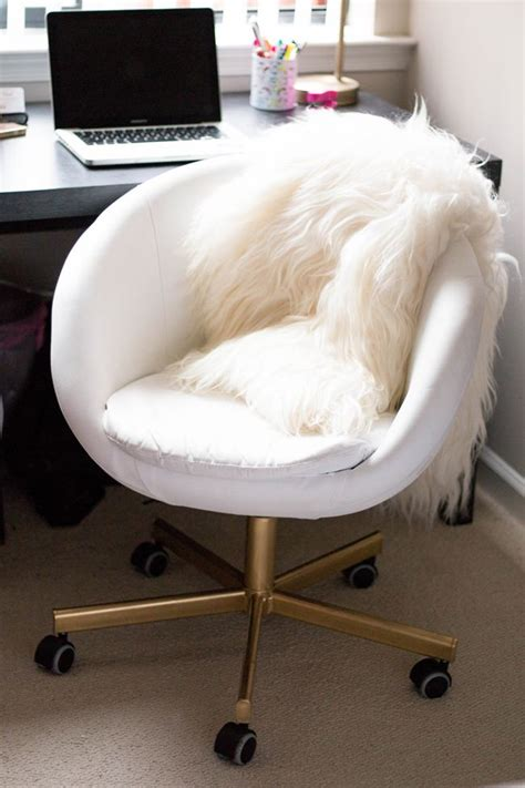 ikea desk chair white 25 best ideas about white chairs on dressing