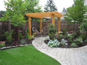 Images Of Backyard Landscaping Ideas 25 Best Ideas About Small Backyards On Small Backyard Landscaping Small Backyard