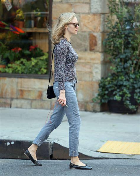 amanda seyfried in jeans amanda seyfried in jeans 07 gotceleb