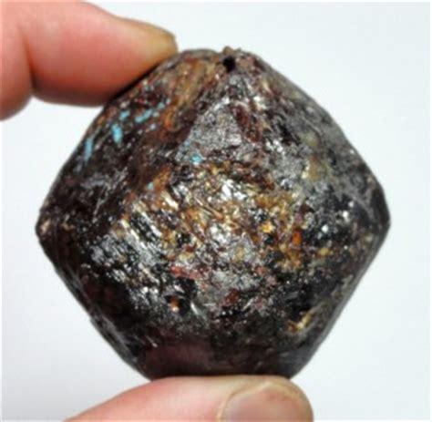 213gm almandine garnet specimen tweedy mine